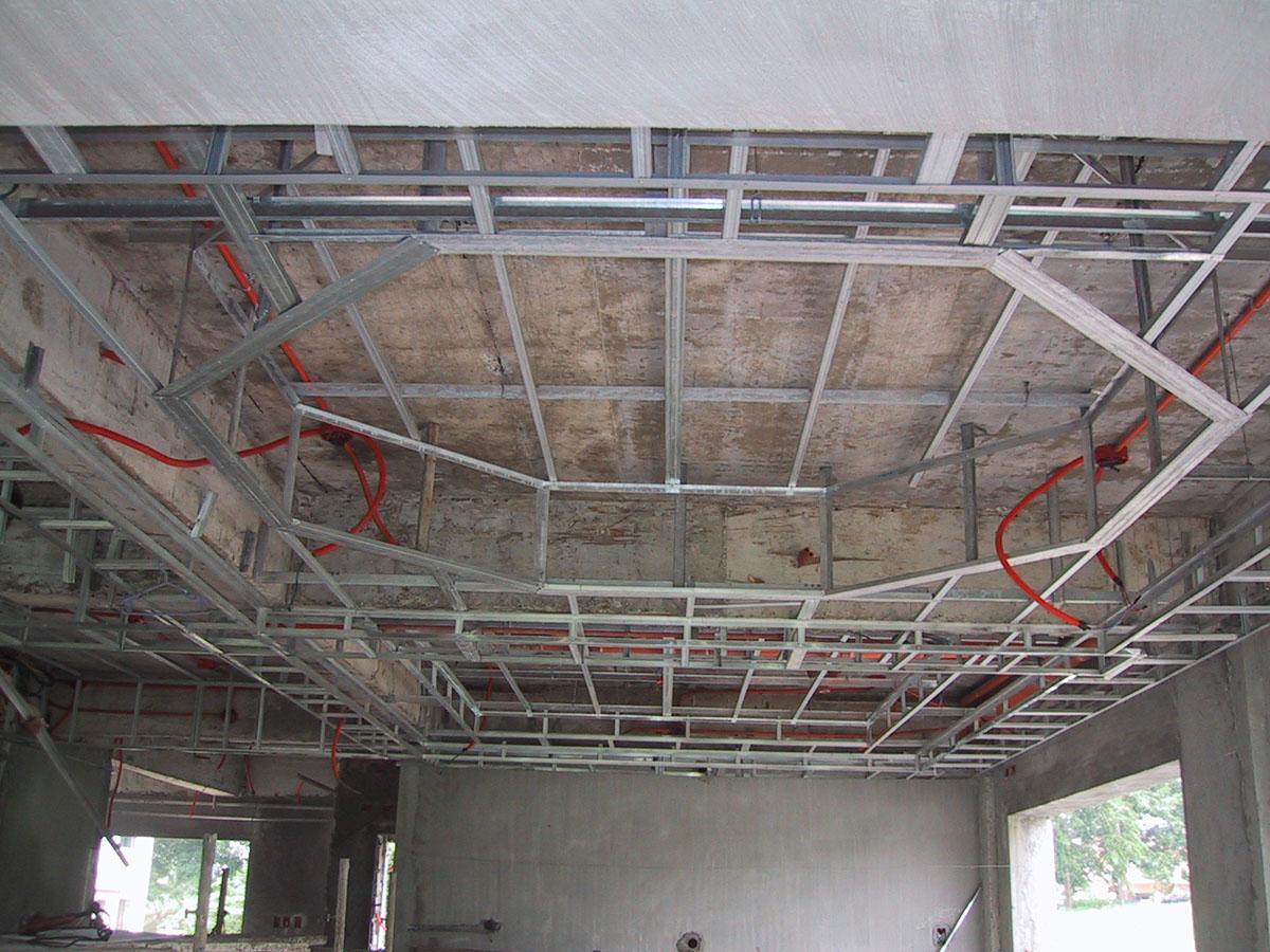 Монтаж многоуровневых потолков из гипсокартона